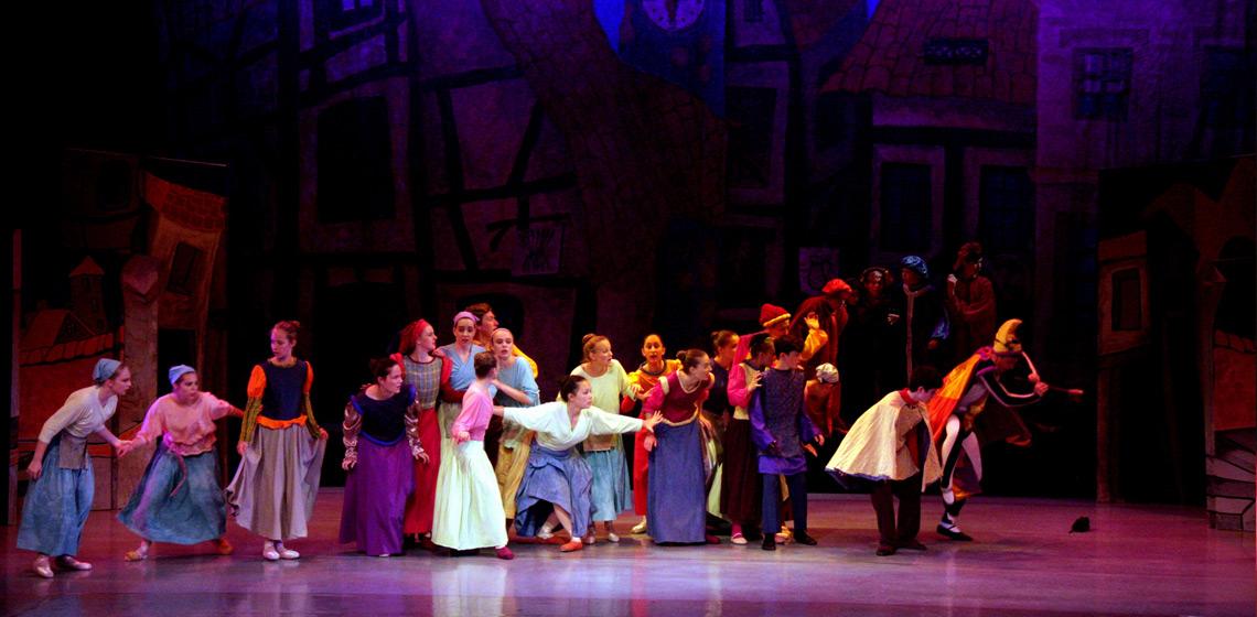 Utassy Ballet School - Pied Piper - Photo by Geoff Cheah